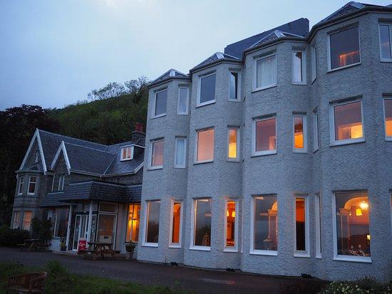 Onich, UK: Lodge on the loch Hotel