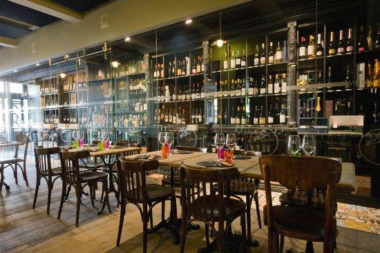 Vilvoorde, Belgium: Our wine bar