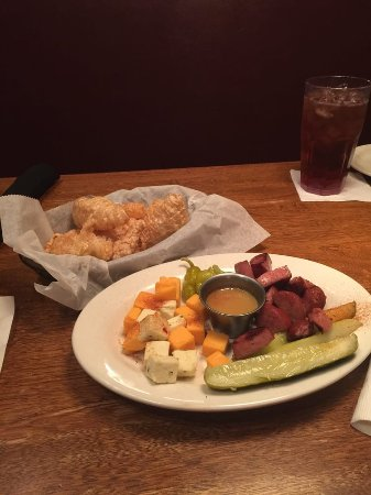 Horn Lake, MS: Sausage & Cheese plate-