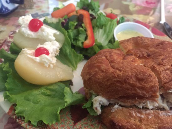 Powell, TN: Chicken salad croissant, stuffed pears, and garden salad.