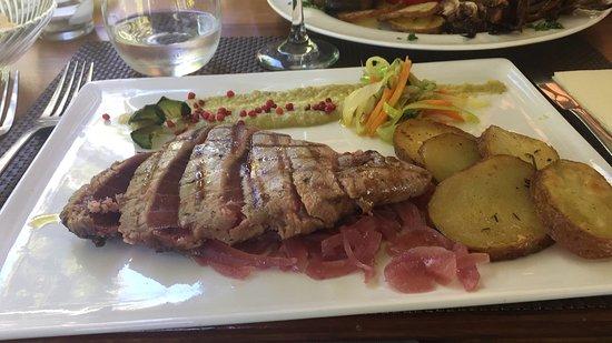 Casteldaccia, Włochy: Che bontà !  Tagliata di tonno freschissimo super !!!