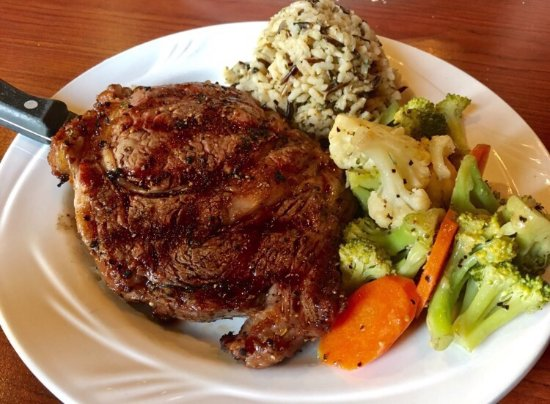 Klamath, Californië: Abalone Bar and Grill