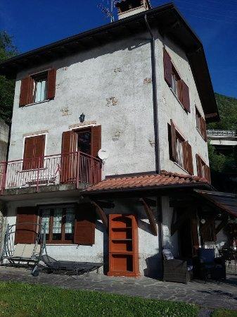 Casa Del Poggio Solivo: Dal retro