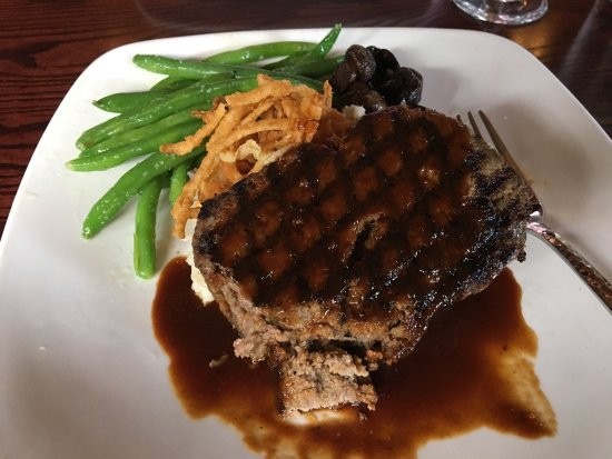Warwick, RI: Bacon infused meatloaf  Stopped in for lunch when in the area for a conference. Relaxing delicio