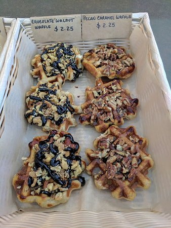 Μπέντφορντ, Μασαχουσέτη: Some of their mini waffles