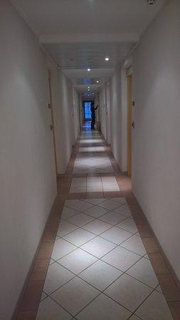 Aritz Garni Hotel Photo