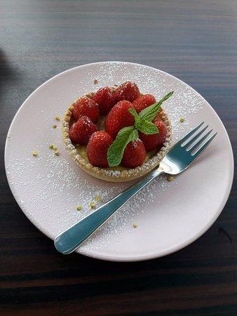 Nanterre, Frankrike: Tarte aux fraises