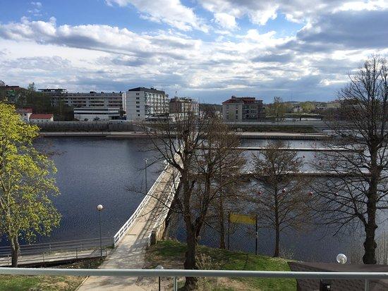 Savonlinna, Finlandia: Huone järvelle päin