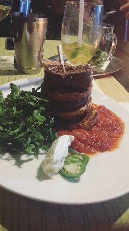 TOWERS Steak & Salad : Beef tower