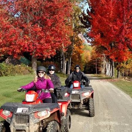 Saint Johnsbury, VT: Fall Foliage Tour