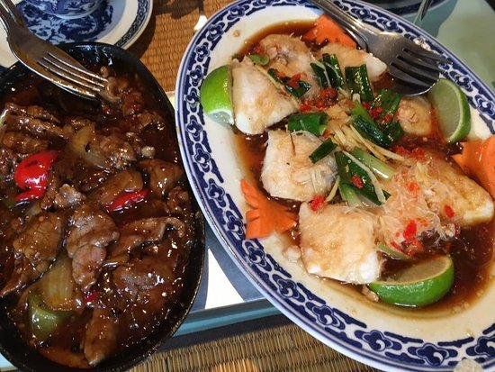 Liege Province, Belgium: Sole à la vietnamienne et bœuf