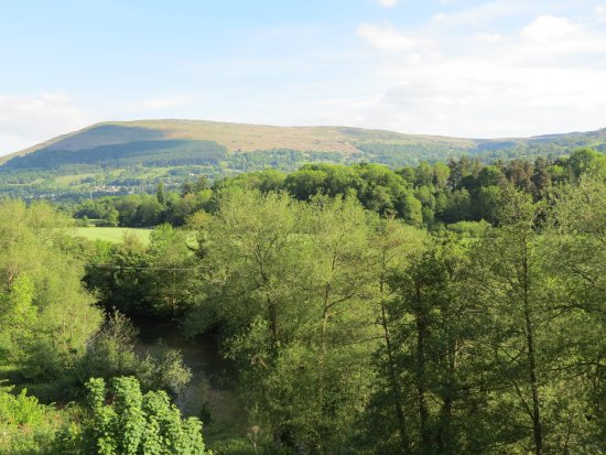 Llanwenarth, UK: View over River Use to hills beyond