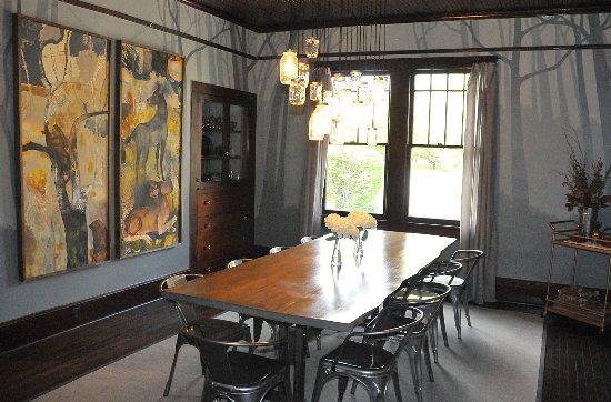 Blue Firefly Inn: Dining Room Paintings