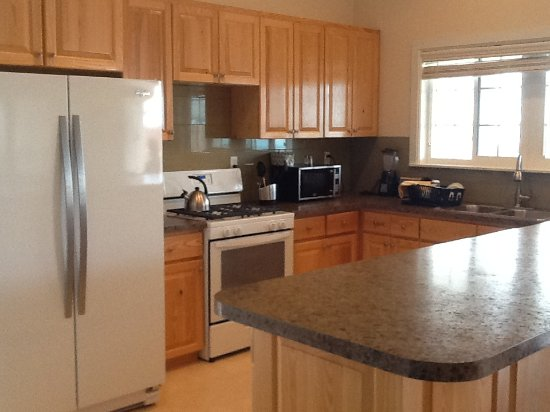 Andros: Fully equipped kitchen
