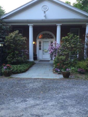 Woodstock, NY: Front entrance