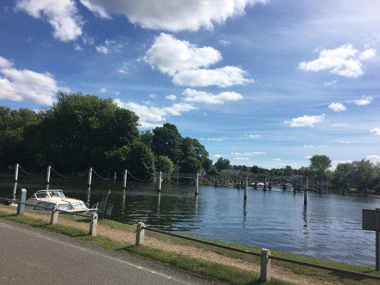 Shepperton, UK: photo1.jpg