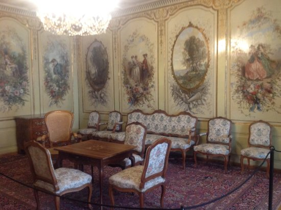 Château de Gruyères : Very elegant!
