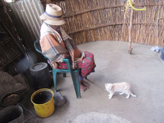 Teyateyaneng, Lesotho: Lady with her cat