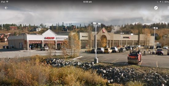 Fraser, CO: View from near the traffic lights of bottle shop and Safeway