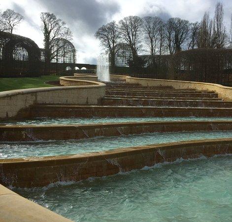 Alnwick, UK: Fountains