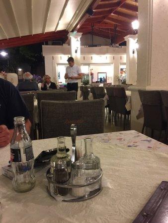 Das beste Restaurant auf Okrug Gornji.
