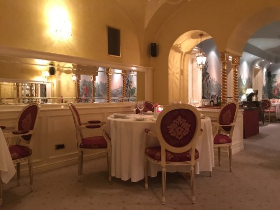 Aquarius Restaurant: photo1.jpg