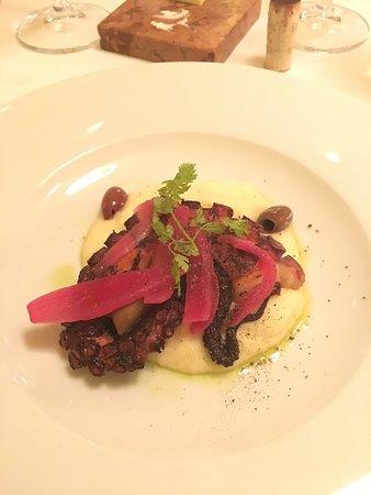 Aquarius Restaurant: photo3.jpg