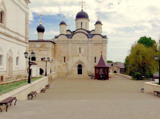 Serpukhov, Russia: Введенский собор