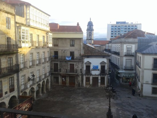 Plaza casco viejo tascas picture of hotel alda puerta del sol vigo tripadvisor - Hotel puerta del sol vigo ...