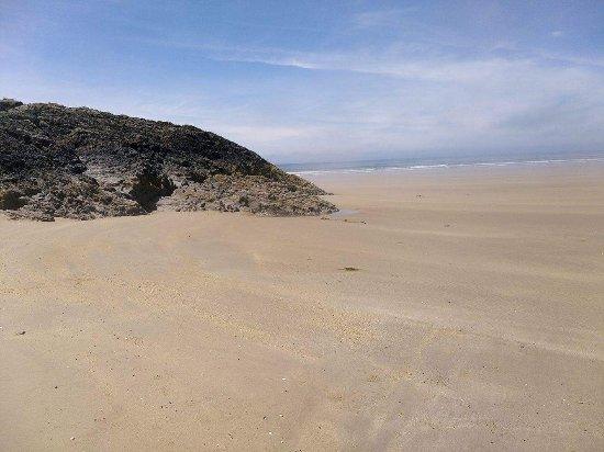 Dwyran, UK: Miles of golden sands