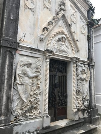 Church of San Francesco - Capuchin Friars Monastery: The timeless beauty of the cemetery that surrounds the church