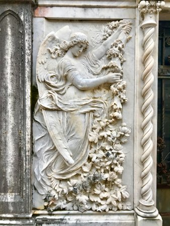 Church of San Francesco - Capuchin Friars Monastery: A sculpture in the cemetery