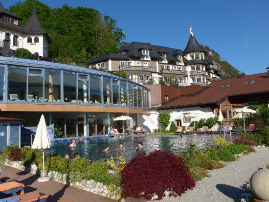 Fuschl am See, Austria: Die Liegegalerie und der große Aussenpool