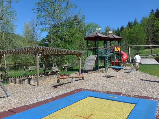 Fuschl am See, Austria: Der Kinderspielplatz im Aussenbereich