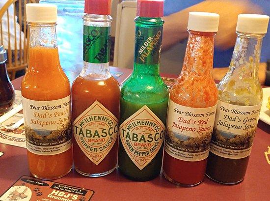 Pufferbelly Station Restaurant: Hot sauces