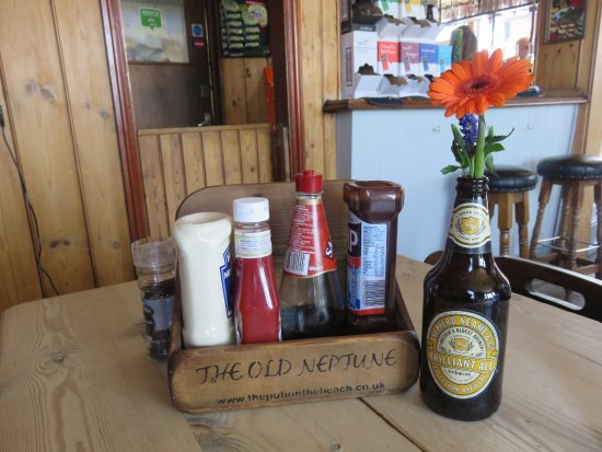 Whitstable, UK: inside the pubsitting at the table