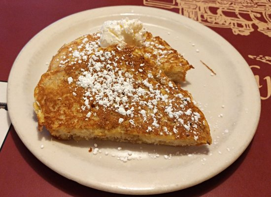 Pufferbelly Station Restaurant: Two piece French toast