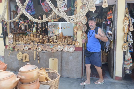 Mercado Artesanal de Monsefu: lojas
