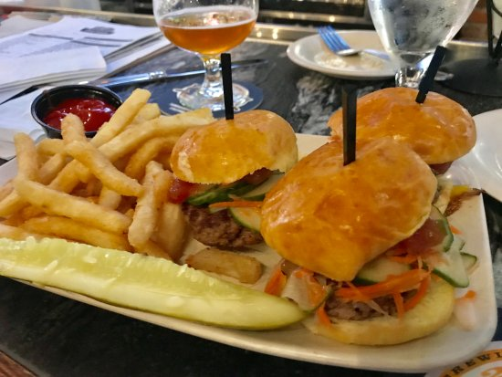 Reston, VA: Mini Surf & Turf Sliders