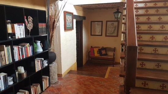 San Juan Cosala, Mexico: Gran estilo en sus interiores.