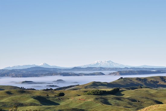 Te Kuiti, New Zealand: 9 am looking south from Waitomo Boutique Lodge