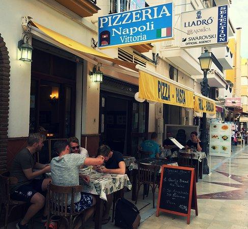 Pizzeria Napoli Carihuela: March 2017
