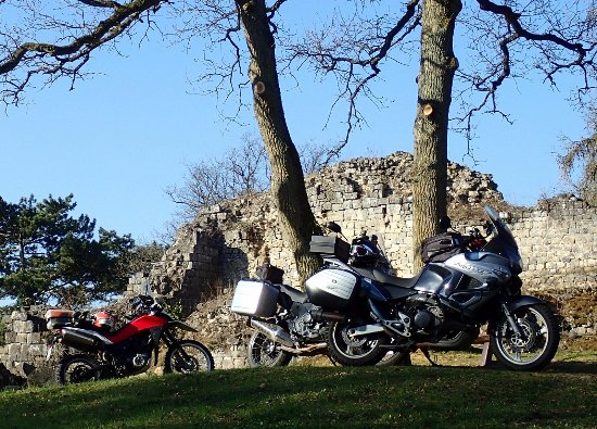Houx, Belçika: Château de Poilvache © Rando-Moto.be