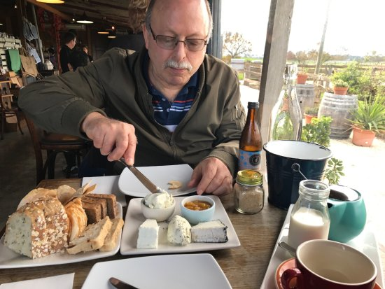 Coldstream, Austrália: Cheese platter for two