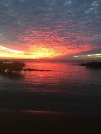 Bargara, Australia: Finish the afternoon watching the sunset and a beach walk
