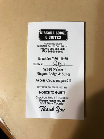 Niagara Lodge & Suites : My proof that I was there