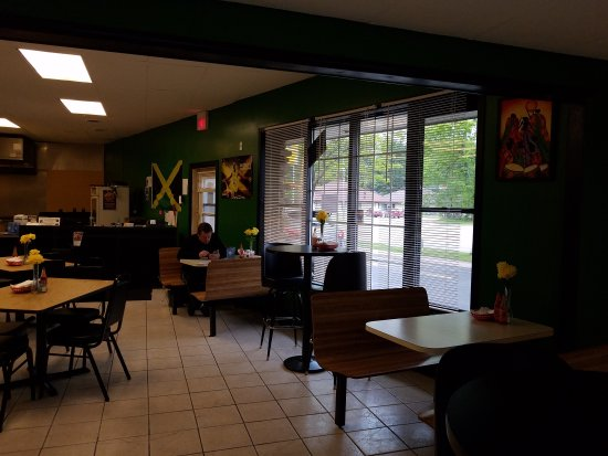 Stevens Point, WI: Shaw's Jamaican Kitchen