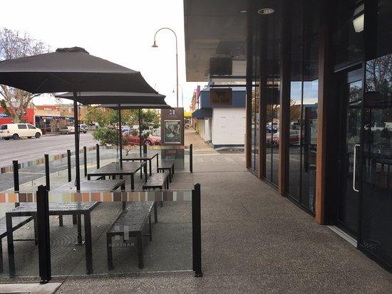 Horsham, Australia: Outdoor seating area