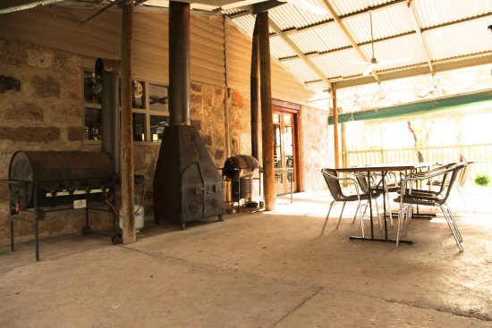 Melrose, Australia: Undercover BBQ/ gathering area
