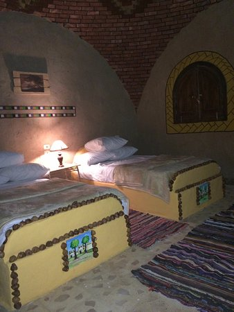 Kharga, Egypt: 2 Beds_Rooms inside